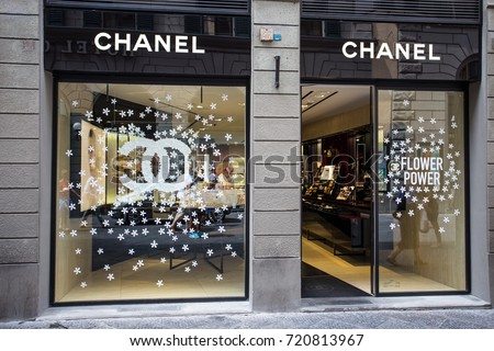 FLORENCE FIRENZE JULY 28 2017 Chanel Stock Photo (100% Legal ...