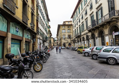 FLORENCE, ITALY - 23 JUNE, 2014: General view street in the old town
