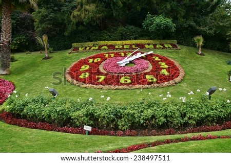 Flower clock in Vina del Mar, Chile - stock photo
