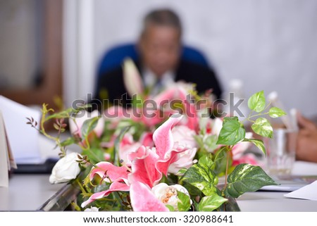 flower on the table meeting with president