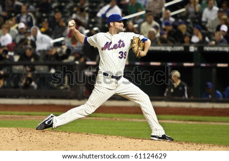 FLUSHING, NY - SEPTEMBER 15: New York Mets pitcher Bobby Parnell pitches against the Pittsburgh Pirates at Citi Field on September 15, 2010 in Flushing, New York. - stock photo