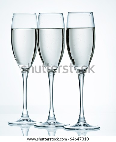 flutes of champagne