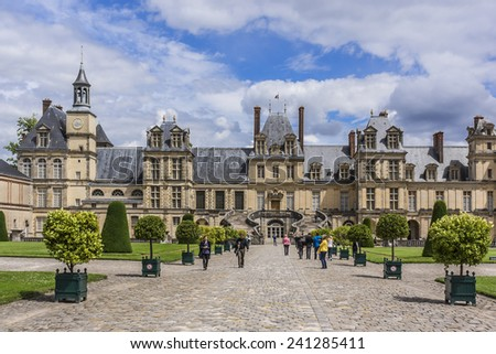 Chateau de fontainebleau stock images royalty free images for Chateaux in france to stay