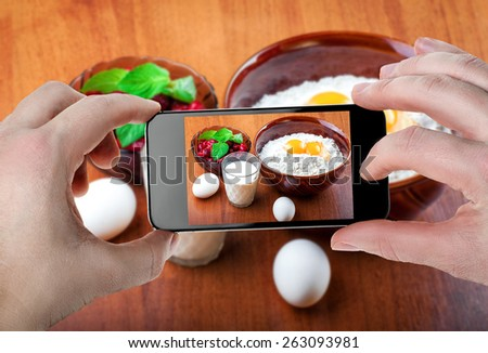 Food photos on smartphone - stock photo