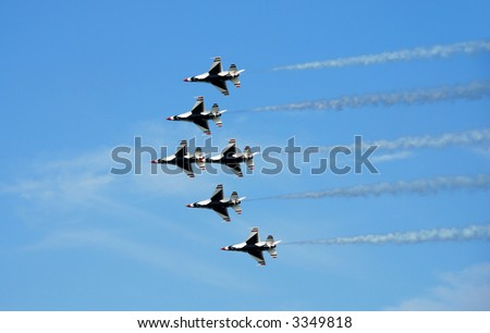 Formation of F-16 fighter jets