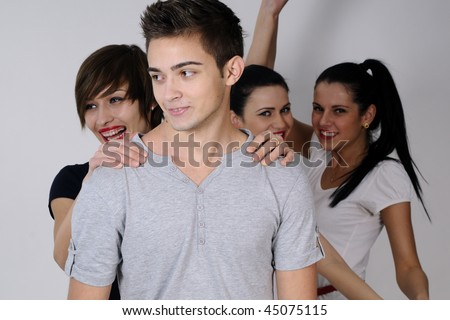 four teens dancing