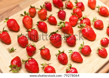 Fragaria x ananassa (garden strawberry)