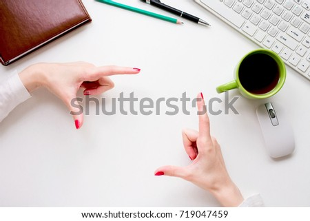 frame, frame with fingers, sign, woman, female hand, office worker, space for notes, place for pictures, top view, background