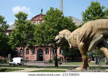 FRANKFURT AM MAIN, GERMANY, July The 31st 2014: The Senckenberg Museum exhibits the recent biodiversity of life and evolution of organisms of planet Earth.