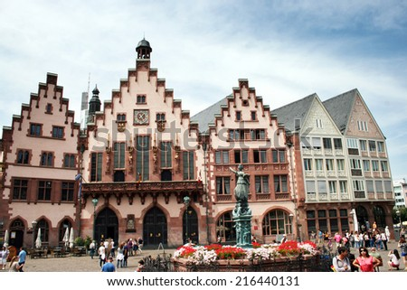 FRANKFURT AM MAIN, GERMANY, JULY The 25th 2014: Romer square, one of the oldest and most historic sections of Frankfurt am Main, featuring Roman bath ruins and gabled, gothic row houses.