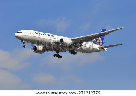 FRANKFURT,GERMANY-MARCH 28:airplane of United Airlines above the Frankfurt airport on March 28,2015 in Frankfurt,Germany.United Airlines- an American major airline headquartered in Chicago, Illinois.
