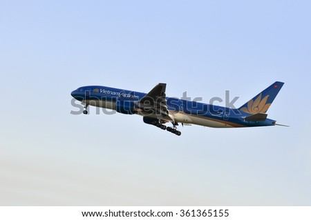FRANKFURT,GERMANY-MAY 13:airplane of Vietnam Airlines above the Frankfurt airport on May 13,2015 in Frankfurt,Germany.