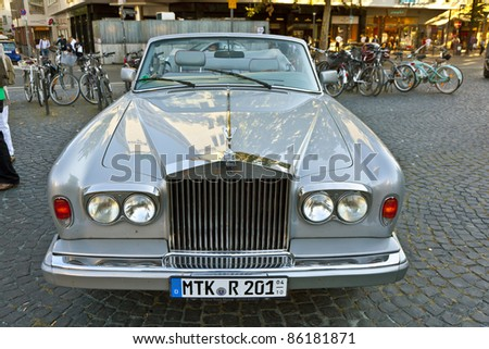 """FRANKFURT, GERMANY - OCT 2:  Oldtimer Meeting on OCT 2,2011 in Frankfurt, Germany. A  Rolls Royce Silver Shadow presented by the event """"7. Oldtimercity"""" organized by CityForum and Blitz-TIP. - stock photo"""