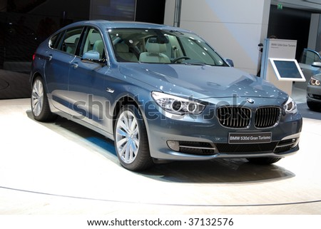 FRANKFURT - SEP 15: BMW 535i Gran Turismo in frontview on 63rd IAA (Internationale Automobil Ausstellung) on September 15, 2009 in Frankfurt, Germany.