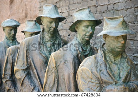 Franklin Delano Roosevelt Presidential Memorial, depression era breadline statue - stock photo