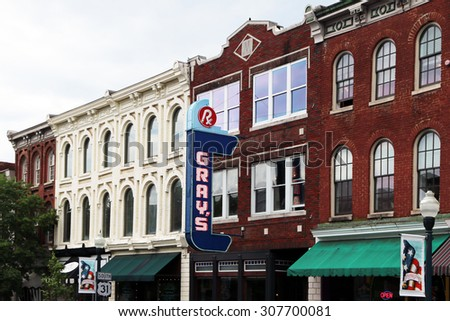 FRANKLIN, TN-AUGUST, 2015:  Historic downtown Franklin, Tennessee.  Franklin was settled over 200 years ago and was the site of one of the Civil War's biggest battles. - stock photo