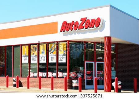 FRANKLIN, TN-OCTOBER, 2015:  Auto Zone retail store. Auto Zone is the 2nd largest retailer of aftermarket auto accessories in the USA.  They have also expanded into Mexico and Brazil. - stock photo