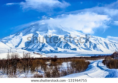 Free ride skiing on the volcanoes of Kamchatka Peninsula, Russia. Volcano Veluchinskiy.
