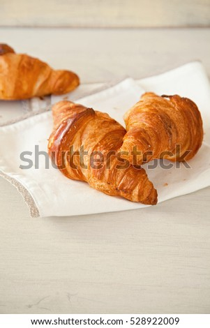 French fresh croissants