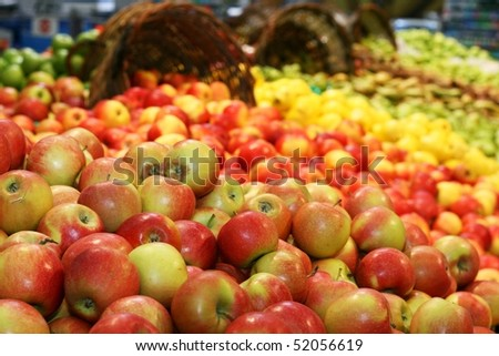 Fresh apples in supermarkets - stock photo