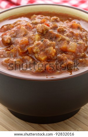 fresh chunky and delicious pasta sauce with beef, pork, lots of vegetables and tons of flavor.