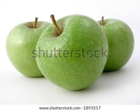 fresh crunchy apples ready to eat!