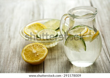 fresh lemon juice - stock photo
