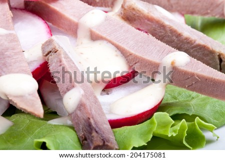 Fresh salad with veal tongue