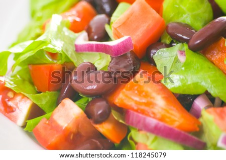 fresh vegetable salad with beans