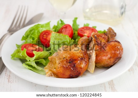 fried chicken with lettuce and tomato cherry