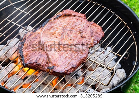 how to cook sirloin steak on charcoal grill