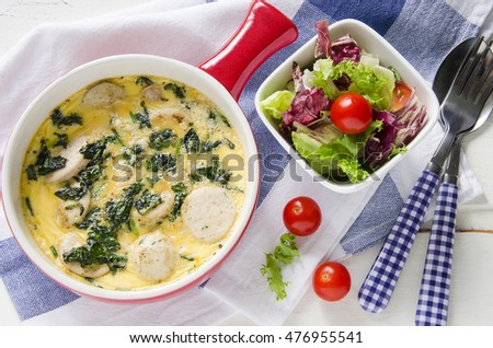 Frittata with spinach and sausage