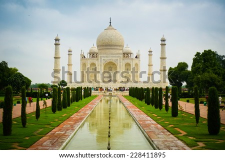 Front view of Taj Mahal mausoleum in Agra, Uttar Pradesh, India - stock photo
