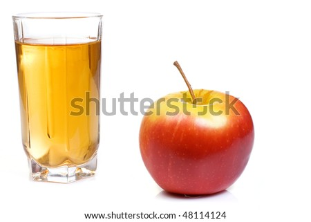 full glass with apple juice
