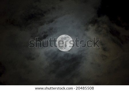 Full Moon of Cloudy Night