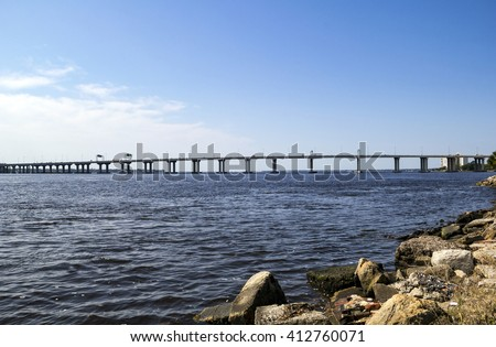 Fuller Warren Bridge is a prestressed concrete girder bridge that carries I-95 across the St. Johns River in Jacksonville, Florida