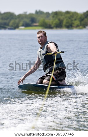 Fun ride kneeboarding