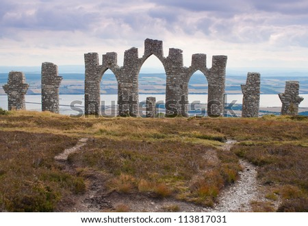 Fyrish Monument built in 1782 on Fyrish Hill (Cnoc Fyrish), near Alness, Easter Ross, Scotland