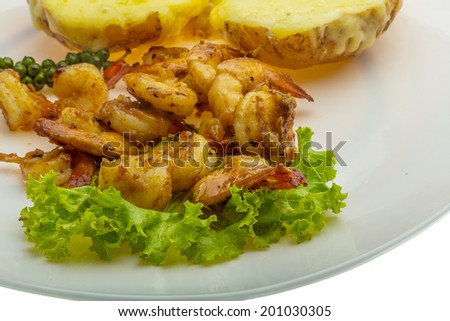 Garlic shrimps with potato and cheese