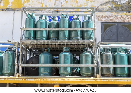 Gas cylinders transport  and storage