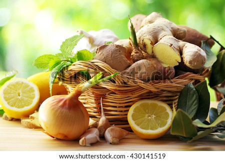 Gengibre in basket and spices - stock photo