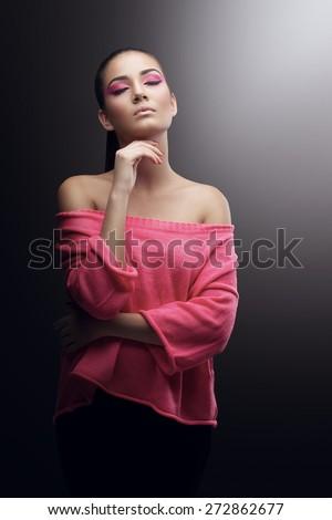Brunette Women Pics