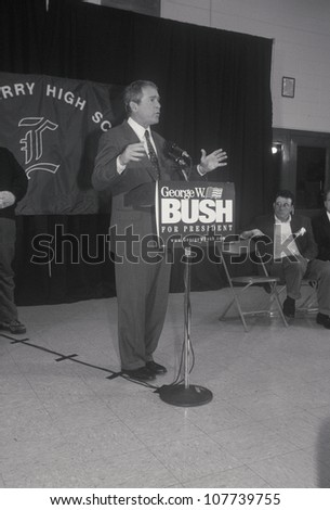 George W. Bush speaking at Londonderry High School, NH, January 2000
