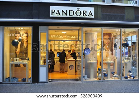 New york usa december 09 2016 stock photo 535322578 for Pandora jewelry commercial 2017