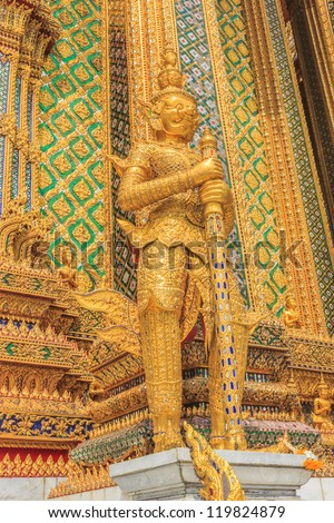 Giant statue in the Wat Pra Kaeo temple Bangkok   of Thailand
