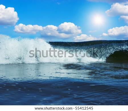 Gigantic waves in atlantic ocean under blue sky