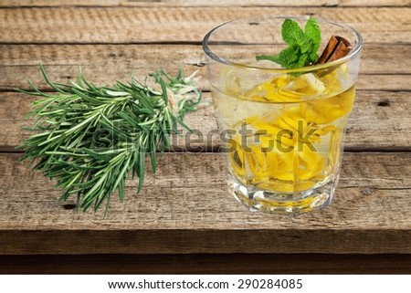Gin, cocktail, tonic. - stock photo