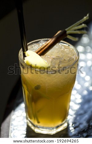 ginger lemonade with cinnamon