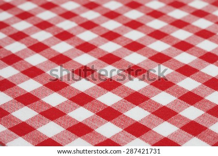 Gingham cloth