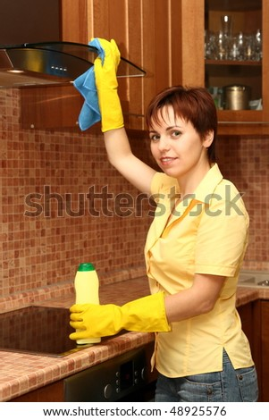 Girl on kitchen wipes technics